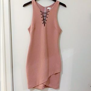 ASTR the Label bodycon pink dress